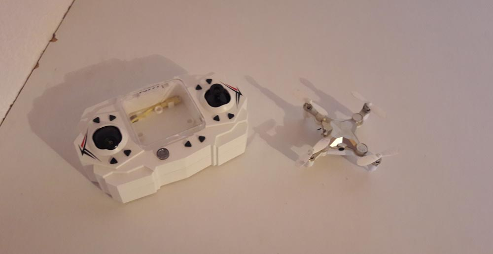 FQ11-drone-and-controller
