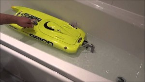 RC Boat Water Cooling Cleaning After Salt Water