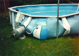 RC boat pool Damage