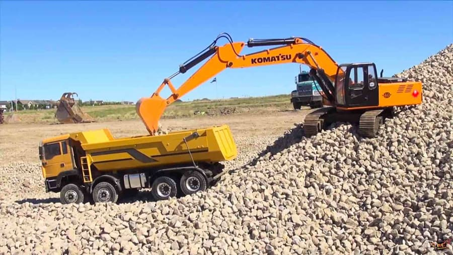 rx-excavator-and-dump-truck_web